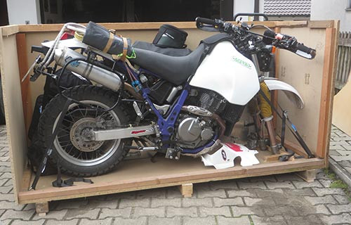 Spedition for motorcycle transport throughout the world